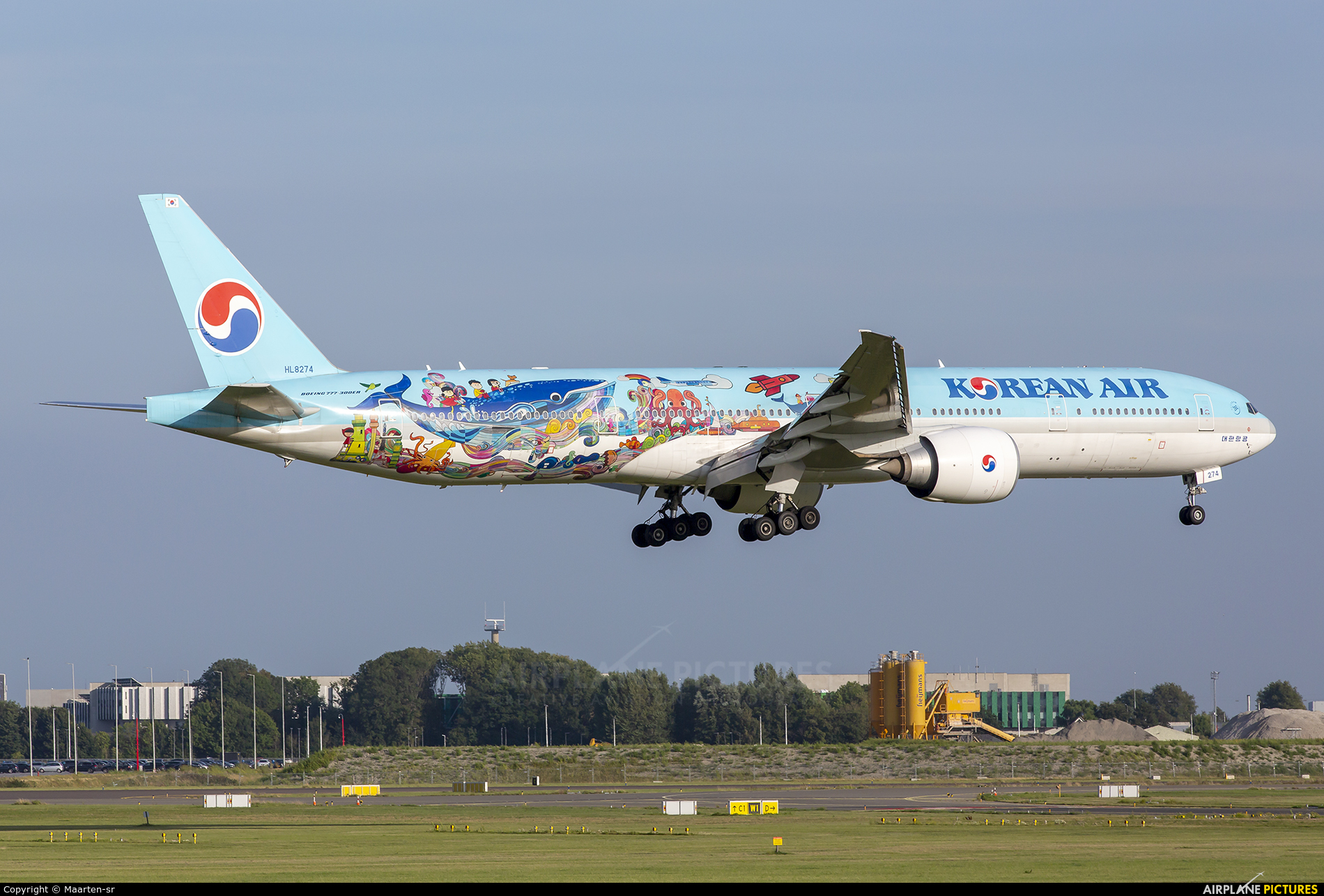 Korean Air HL8274 aircraft at Amsterdam - Schiphol
