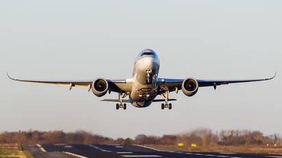 A7-ALW - Qatar Airways Airbus A350-900