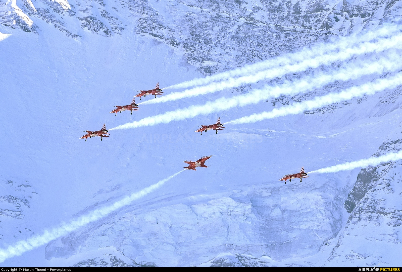 Switzerland - Air Force: Patrouille Suisse J-3083 aircraft at Lauberhorn