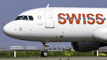 HB-IJP - Swiss Airbus A320