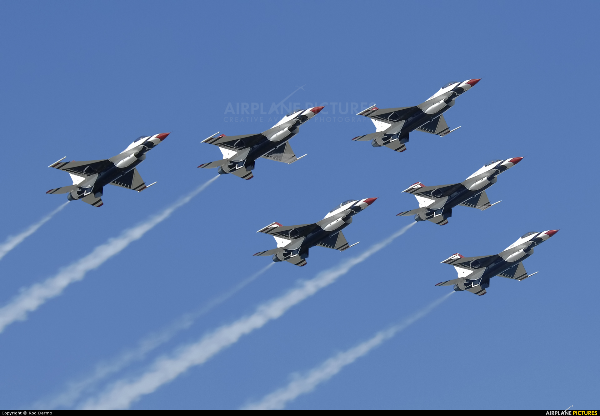 USA - Air Force : Thunderbirds 92-3896 aircraft at Cleveland - Burke Lakefront