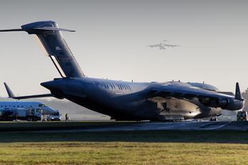03-3115 - USA - Air Force Boeing C-17A Globemaster III