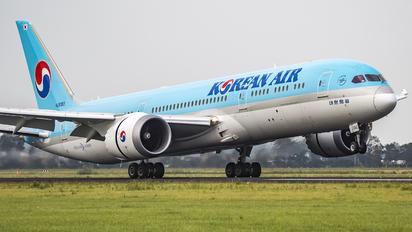 HL8082 - Korean Air Boeing 787-9 Dreamliner