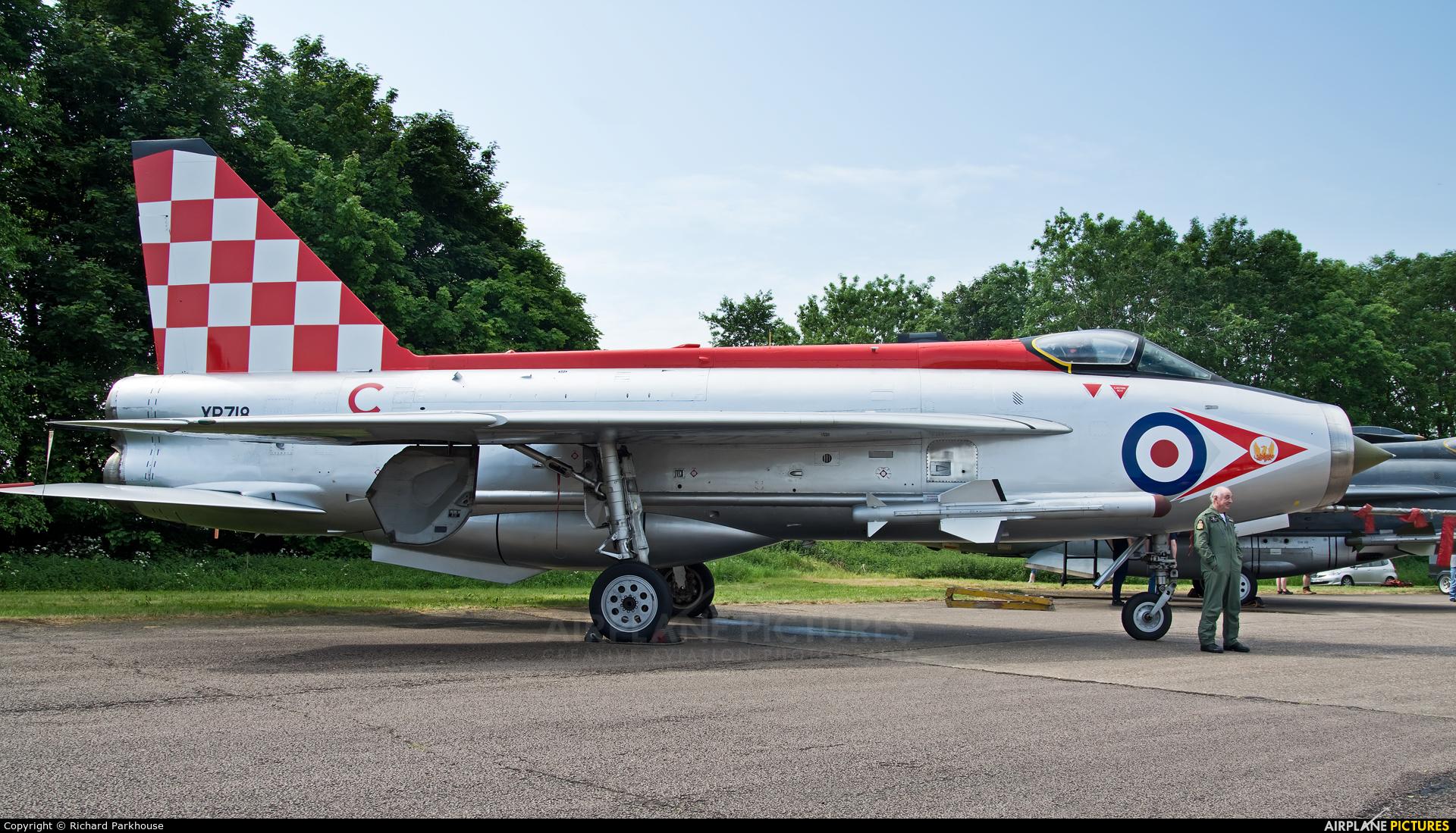 Royal Air Force XR713 aircraft at Bruntingthorpe