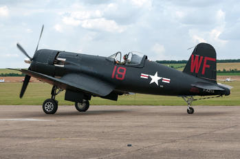 F-AZYS - Private Vought F4U Corsair