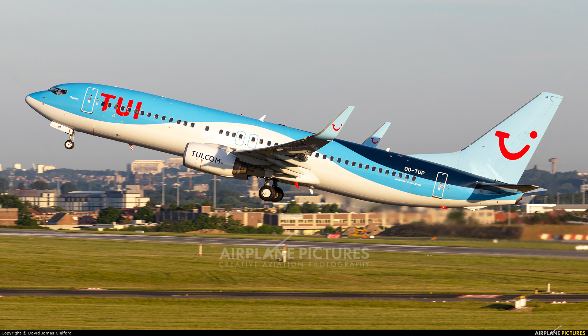 TUI Airlines Belgium OO-TUP aircraft at Brussels - Zaventem