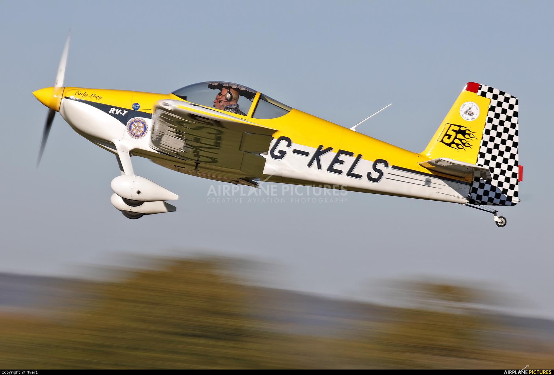 Private G-KELS aircraft at Lashenden / Headcorn