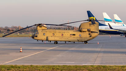 13-08443 - USA - Army Boeing CH-47F Chinook