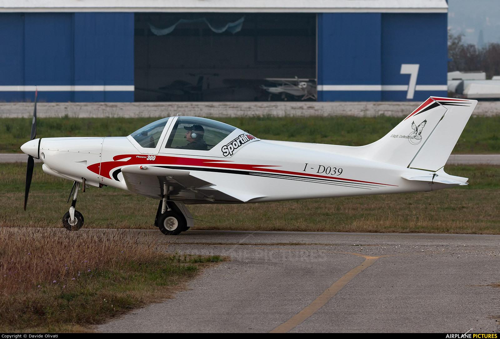 Private I-D039 aircraft at Verona - Boscomantico