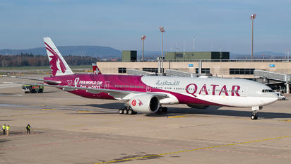 A7-BEB - Qatar Airways Boeing 777-300ER