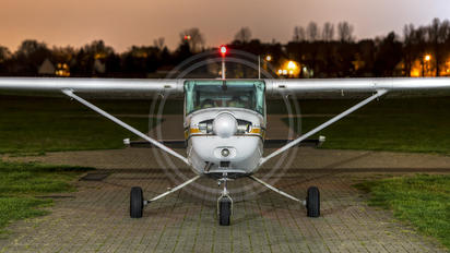 SP-KOL - Private Cessna 152