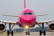 HA-LYM - Wizz Air Airbus A320 aircraft