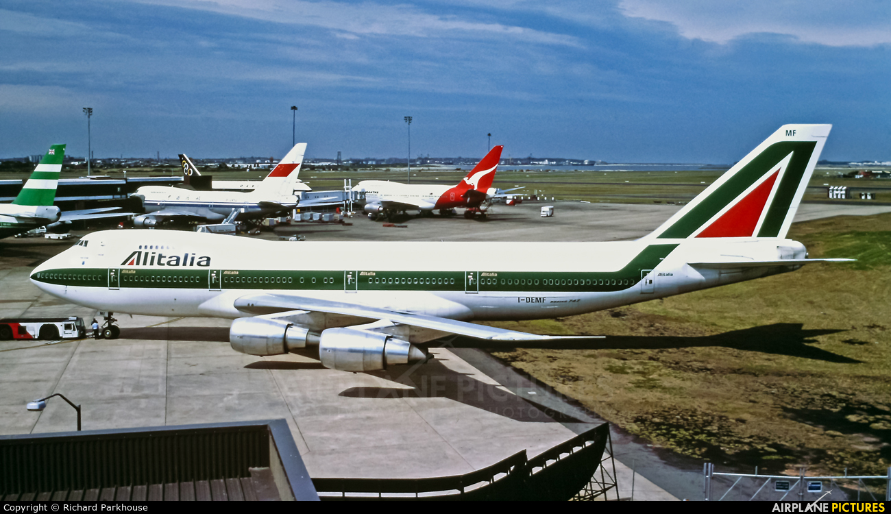 Alitalia I-DEMF aircraft at Sydney - Kingsford Smith Intl, NSW