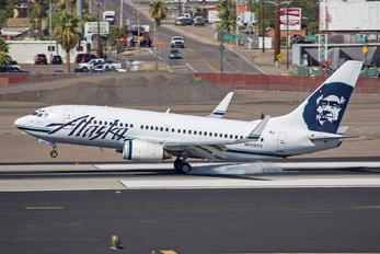 N609AS - Alaska Airlines Boeing 737-700