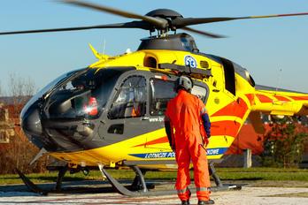 SP-HXN - Polish Medical Air Rescue - Lotnicze Pogotowie Ratunkowe - Airport Overview - People, Pilot