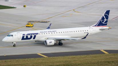 SP-LNM - LOT - Polish Airlines Embraer ERJ-195 (190-200)