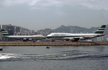 VR-HUA - Cathay Pacific Boeing 747-400