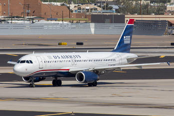 N679AW - US Airways Airbus A320