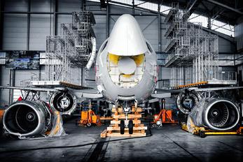 - -  Boeing 737-500