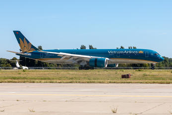 VN-A899 - Vietnam Airlines Airbus A350-900
