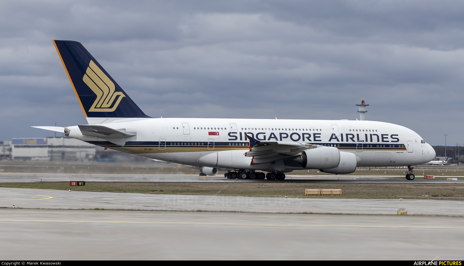Singapore Airlines 9V-SKP aircraft at Frankfurt