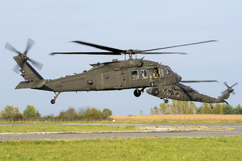 20029 - USA - Army Sikorsky H-60L Black hawk