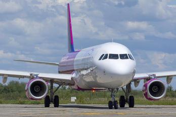 G-WUKG - Wizz Air UK Airbus A321