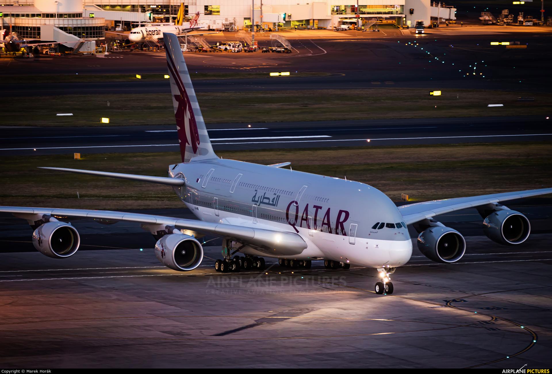 Qatar Airways A7-APD aircraft at Sydney - Kingsford Smith Intl, NSW