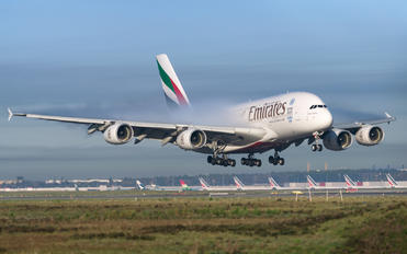 A6-EOQ - Emirates Airlines Airbus A380