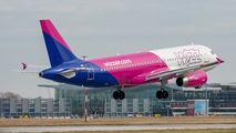 HA-LWH - Wizz Air Airbus A320 aircraft