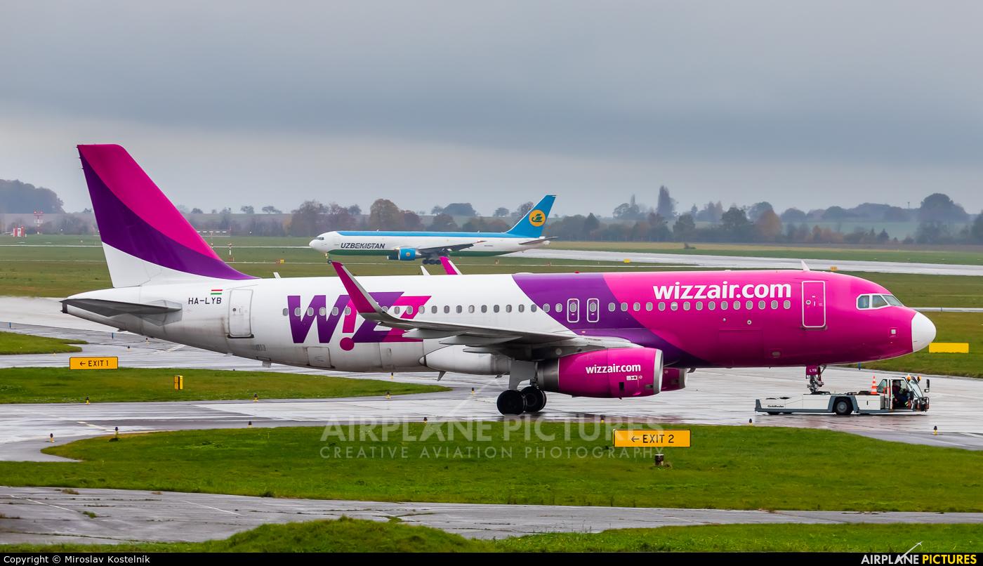 Wizz Air HA-LYB aircraft at Ostrava Mošnov