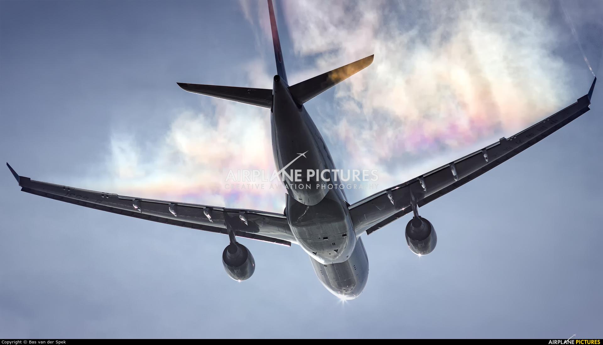 China Southern Airlines B-6531 aircraft at Amsterdam - Schiphol
