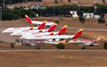 - - Iberia - Airport Overview - Overall View
