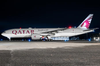 A7-BBH - Qatar Airways Boeing 777-200LR