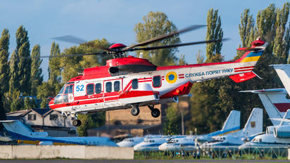 52 - Ukraine - Emergency Service Eurocopter EC225 Super Puma