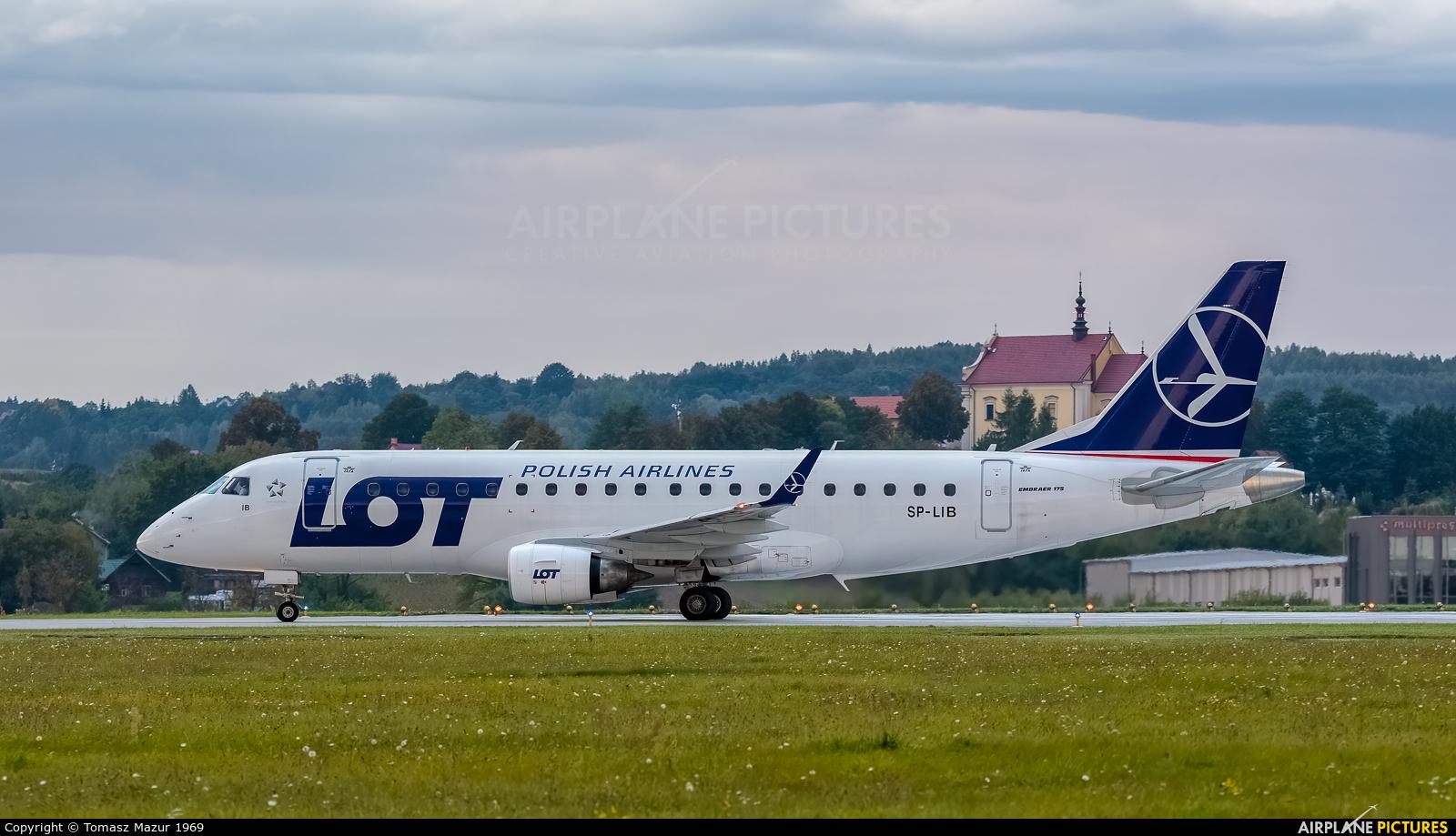 LOT - Polish Airlines SP-LIB aircraft at Kraków - John Paul II Intl