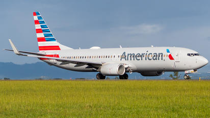 N839NN - American Airlines Boeing 737-800