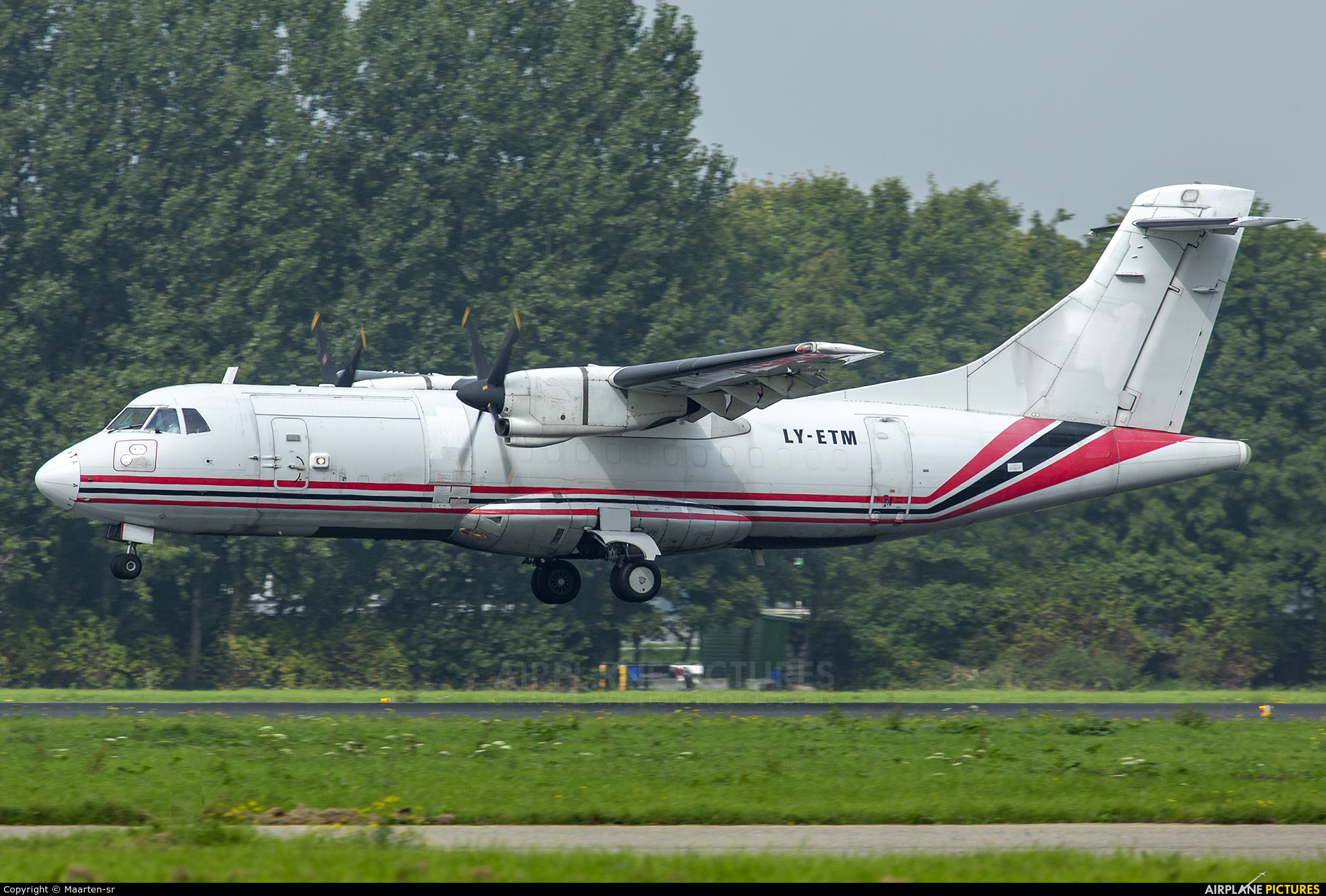Aviavilsa LY-ETM aircraft at Rotterdam