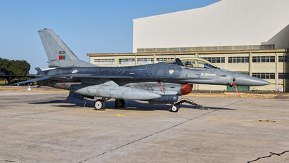 15131 - Portugal - Air Force General Dynamics F-16AM Fighting Falcon