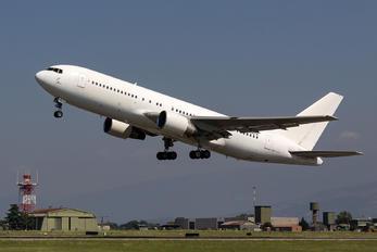 N606TW - Italy - Air Force Boeing 767-200