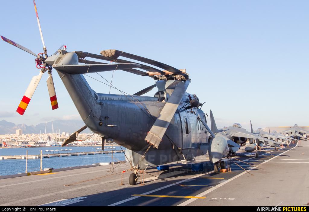 Spain - Navy HS.9-07 aircraft at LHD Juan Carlos I. L-61