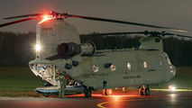 04-08709 - USA - Army Boeing CH-47F Chinook aircraft