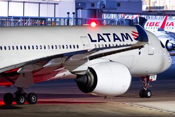PR-XTE - LATAM Airbus A350-900