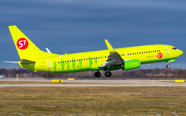 VQ-BMG - S7 Airlines Boeing 737-800