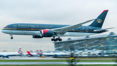 JY-BAB - Royal Jordanian Boeing 787-8 Dreamliner