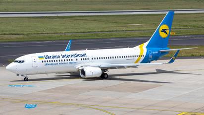 UR-PSY - Ukraine International Airlines Boeing 737-800