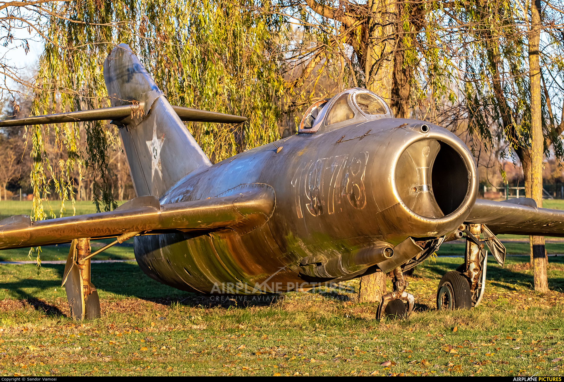 Hungary - Air Force 814 aircraft at Jakabszállás