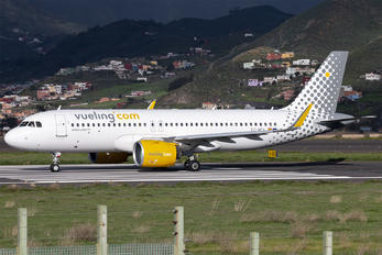 EC-NEA - Vueling Airlines Airbus A320 NEO