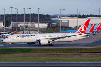 TC-LLE - Turkish Airlines Boeing 787-9 Dreamliner