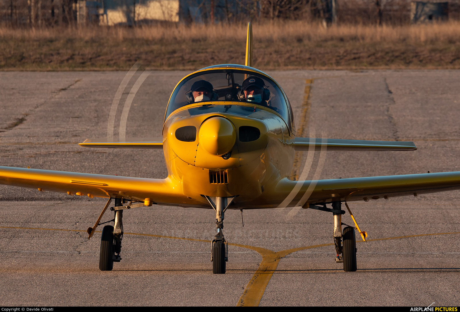Private D-EEOB aircraft at Verona - Boscomantico
